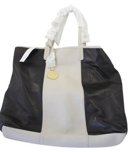 Adrienne Vittadini Tote in Black and Tan