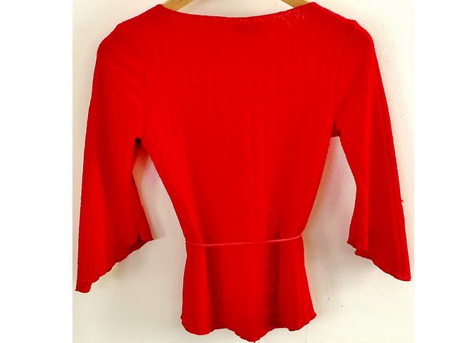 OBEY Stretchy Flared Sleeves Top red
