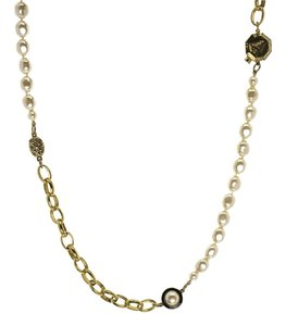 Chanel Chanel Vintage Pearl Link Necklace