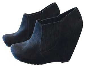 Luxury Rebel Black Wedges