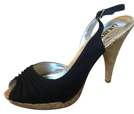 Unlisted by Kenneth Cole Black Pumps