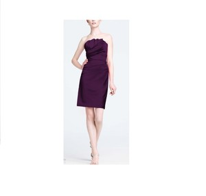 David's Bridal Plum Satin Stretch Crumb Catcher Detail Traditional Bridesmaid/Mob Dress Size 6 (S)