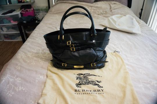 Burberry Tote in Black