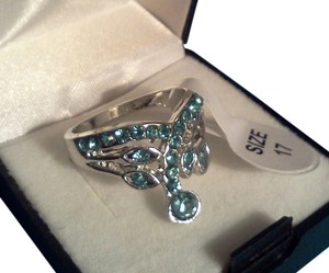 Silver plated party ring with aqua blue stone's
