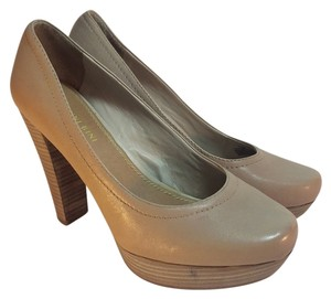 Gianni Bini Natural Pumps