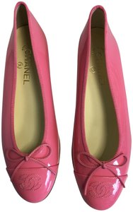 Chanel Patent Patent Leather Ballerina Pink Flats