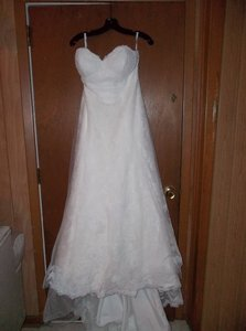 Watters Ivory Lace & Tulle Traditional Wedding Dress Size 10 (M)