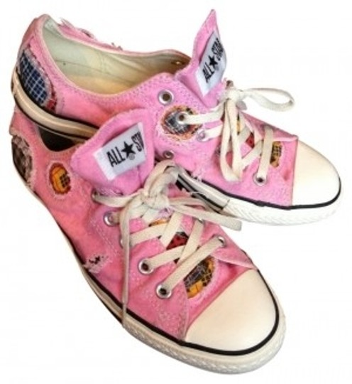 Preload https://item1.tradesy.com/images/converse-pink-patchwork-plaid-sneakers-size-us-9-regular-m-b-37005-0-0.jpg?width=440&height=440