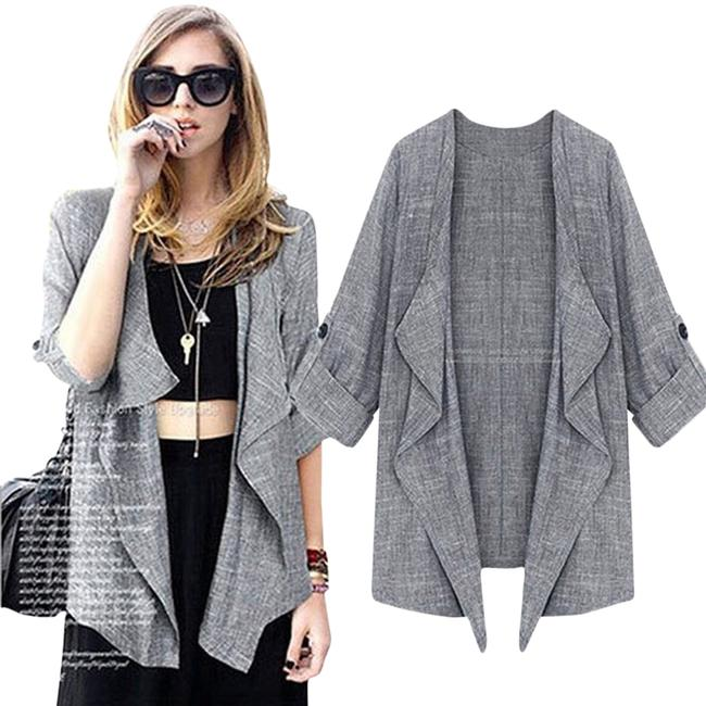 Preload https://item3.tradesy.com/images/grey-korean-style-asymmetrical-cardi-size-8-m-3701647-0-0.jpg?width=400&height=650