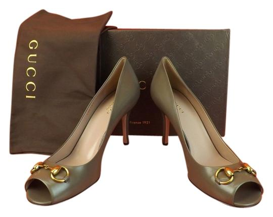 Preload https://item2.tradesy.com/images/gucci-gray-pumps-3701686-0-0.jpg?width=440&height=440