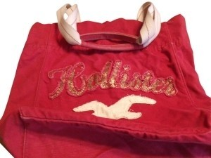 Hollister Tote in Red