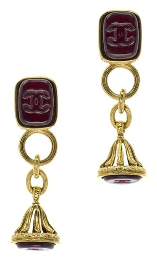 Preload https://item3.tradesy.com/images/chanel-chanel-vintage-red-gripoix-earrings-3704047-0-0.jpg?width=440&height=440