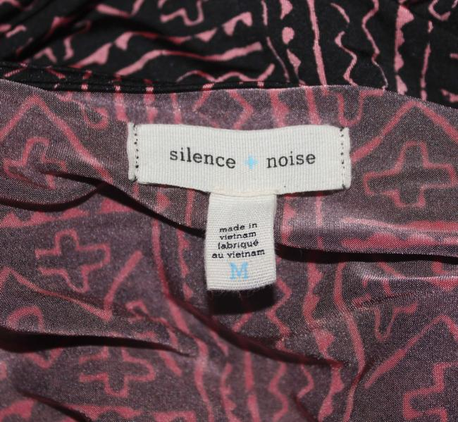 Silence + Noise Urbanoutfitters Uo Urban Outfitters Cross Pattern Ruched Cute Adorable Affordable Forever 21 H&m Natural Hipster Chic Top
