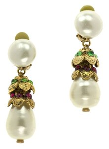 Chanel CHANEL VINTAGE GOLD PEARL DROP EARRINGS