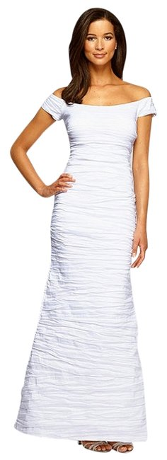 Item - White Evenings Off-the-shoulder Gown Long Formal Dress Size 10 (M)