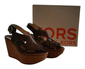 Michael Kors Coffee Wedges