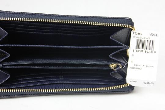 Coach * Coach Signature PVC Leather Acc Zip Around Wallet
