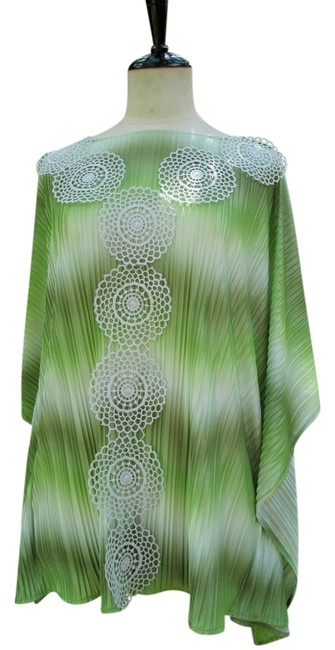 Preload https://item1.tradesy.com/images/lisa-nieves-pleated-casual-tunic-green-3708400-0-0.jpg?width=400&height=650