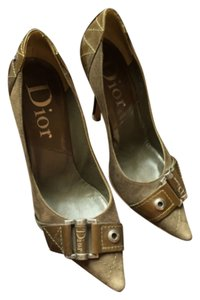 Dior Army Green Pumps