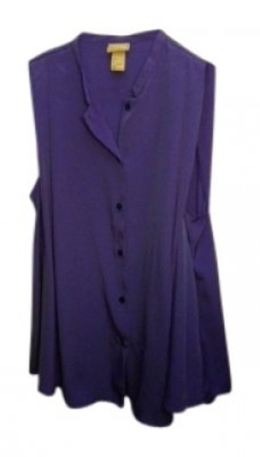 Preload https://item2.tradesy.com/images/h-and-m-purple-sleeveless-button-down-top-size-4-s-37101-0-0.jpg?width=400&height=650