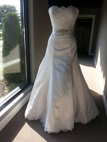 Allure Bridals Champagne/Ivory/Silver Satin/Lace 9059 Modern Wedding Dress Size 12 (L)