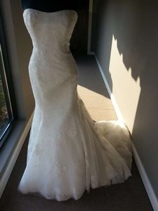 Maggie Sottero Ivory Tulle/Lace/Organza Lexie Feminine Wedding Dress Size 14 (L)