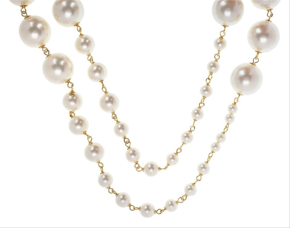 Chanel Oversized Vintage Pearl Necklace