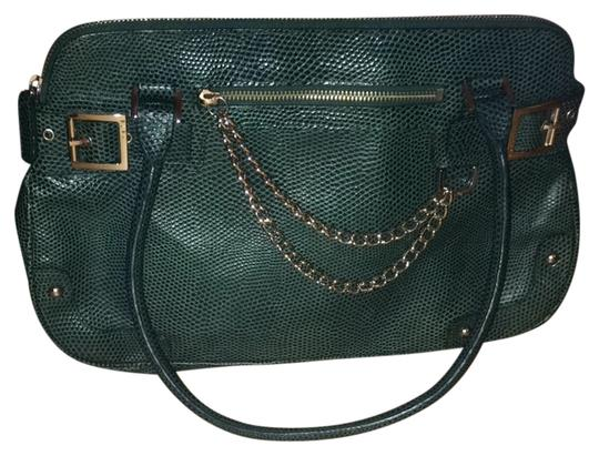 Preload https://item5.tradesy.com/images/rafe-textured-green-leather-shoulder-bag-3716674-0-0.jpg?width=440&height=440