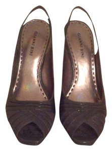Gianni Bini Grey Pumps