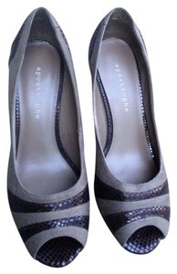 Apostrophe Gray and Brown Pumps