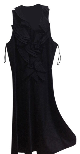 Preload https://item4.tradesy.com/images/ralph-lauren-black-chic-little-with-lovely-rich-detail-above-knee-night-out-dress-size-petite-4-s-3718978-0-0.jpg?width=400&height=650