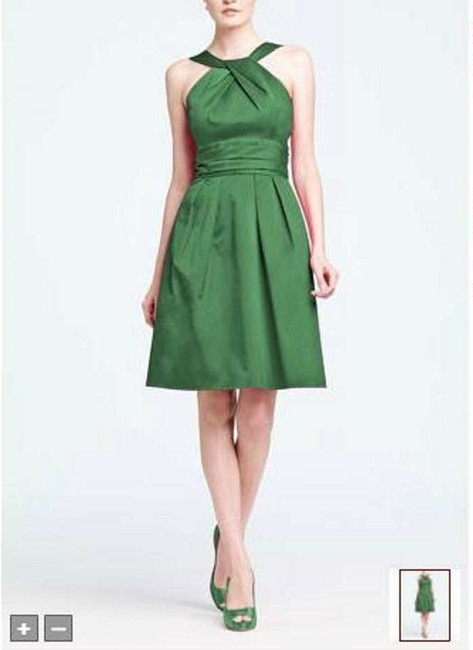 Item - Clover Cotton Short Y-neck and Skirt Pleating Style 83690 Formal Bridesmaid/Mob Dress Size 8 (M)