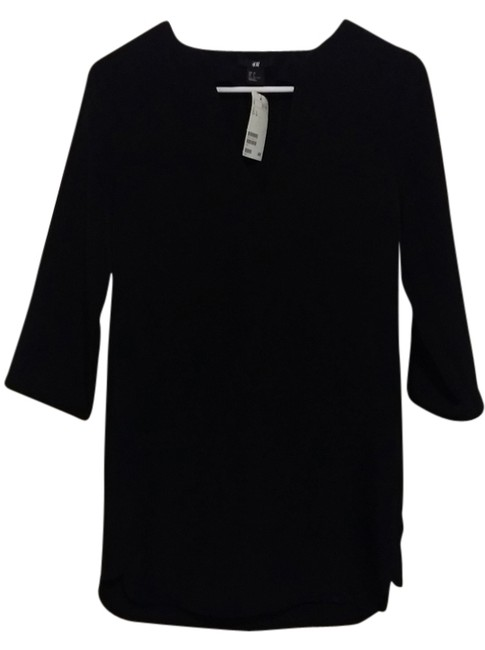 Preload https://item3.tradesy.com/images/h-and-m-tunic-black-3720052-0-0.jpg?width=400&height=650