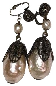 Bergdorf Goodman Pearl clip on earrings