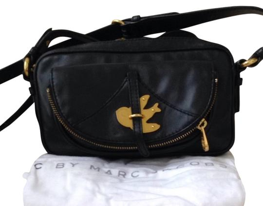 Preload https://item3.tradesy.com/images/marc-by-marc-jacobs-cross-body-bag-3722167-0-0.jpg?width=440&height=440