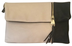 Steve Madden Off White And Black Clutch