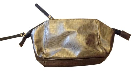 Preload https://item2.tradesy.com/images/twelve-nyc-gold-and-black-cosmetic-case-3723736-0-0.jpg?width=440&height=440