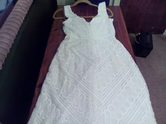 Icon White Lace Kathryn Dianos Traditional Dress Size 6 (S)