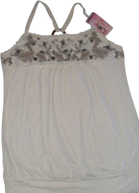 Preload https://item5.tradesy.com/images/love-culture-ivory-new-ture-loose-fitting-that-hide-a-belly-m-tank-topcami-size-10-m-3724504-0-0.jpg?width=400&height=650