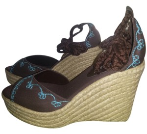 Colin Stuart Wedge Espadrille Embroidered Brown w/ Turquoise detail Sandals