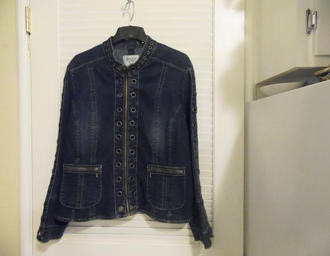 Preload https://img-static.tradesy.com/item/3725590/cervelle-blue-grommet-design-14l-denim-jacket-size-14-l-0-1-650-650.jpg