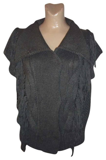 Preload https://item1.tradesy.com/images/gray-sweater-vest-size-12-l-372590-0-0.jpg?width=400&height=650