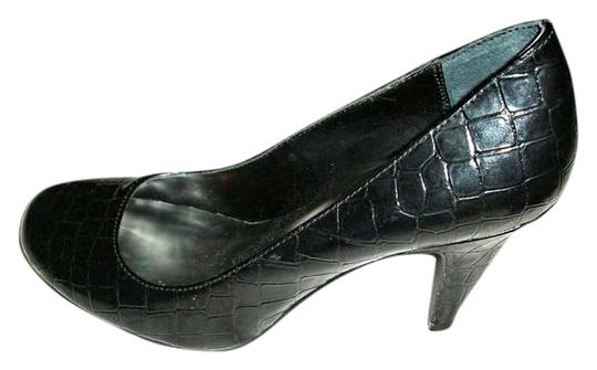 Preload https://item5.tradesy.com/images/style-and-co-black-patent-croc-heels-pumps-size-us-75-372639-0-0.jpg?width=440&height=440