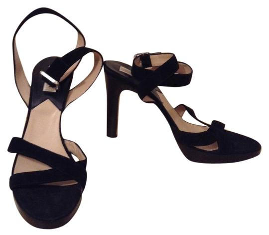 Preload https://img-static.tradesy.com/item/3726790/michael-kors-black-sandals-size-us-10-regular-m-b-0-0-540-540.jpg