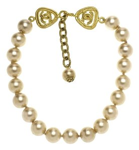 Chanel Chanel Baroque Pearl Choker Necklace