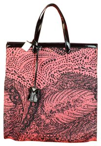 Saint Laurent Tote in Black/ Dark Pink