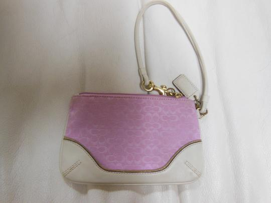 Coach Gold Classic Wristlet in pink and white