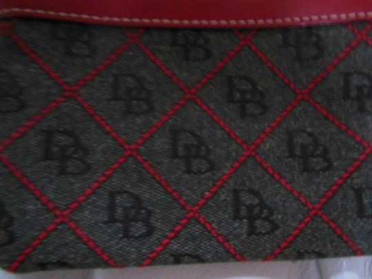 Dooney & Bourke & Classic & Holiday Wristlet in dark gray and red
