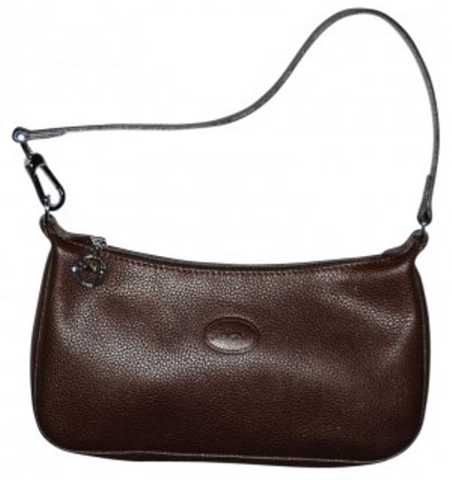 Preload https://item2.tradesy.com/images/longchamp-simple-classic-zippered-brown-pebbled-leather-clutch-37301-0-0.jpg?width=440&height=440