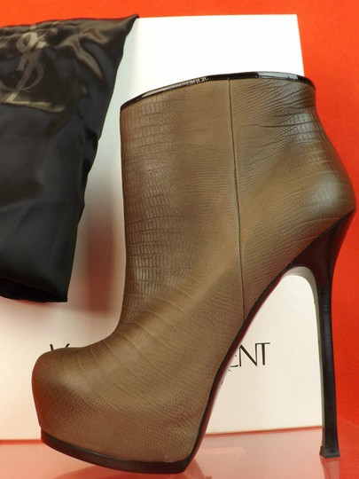 Saint Laurent Dove Beige Boots